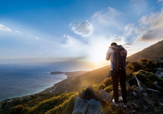 hiking min